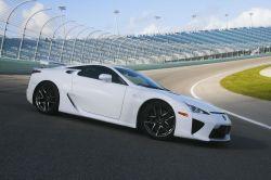 Lexus LFA mit Rennsportcharakter