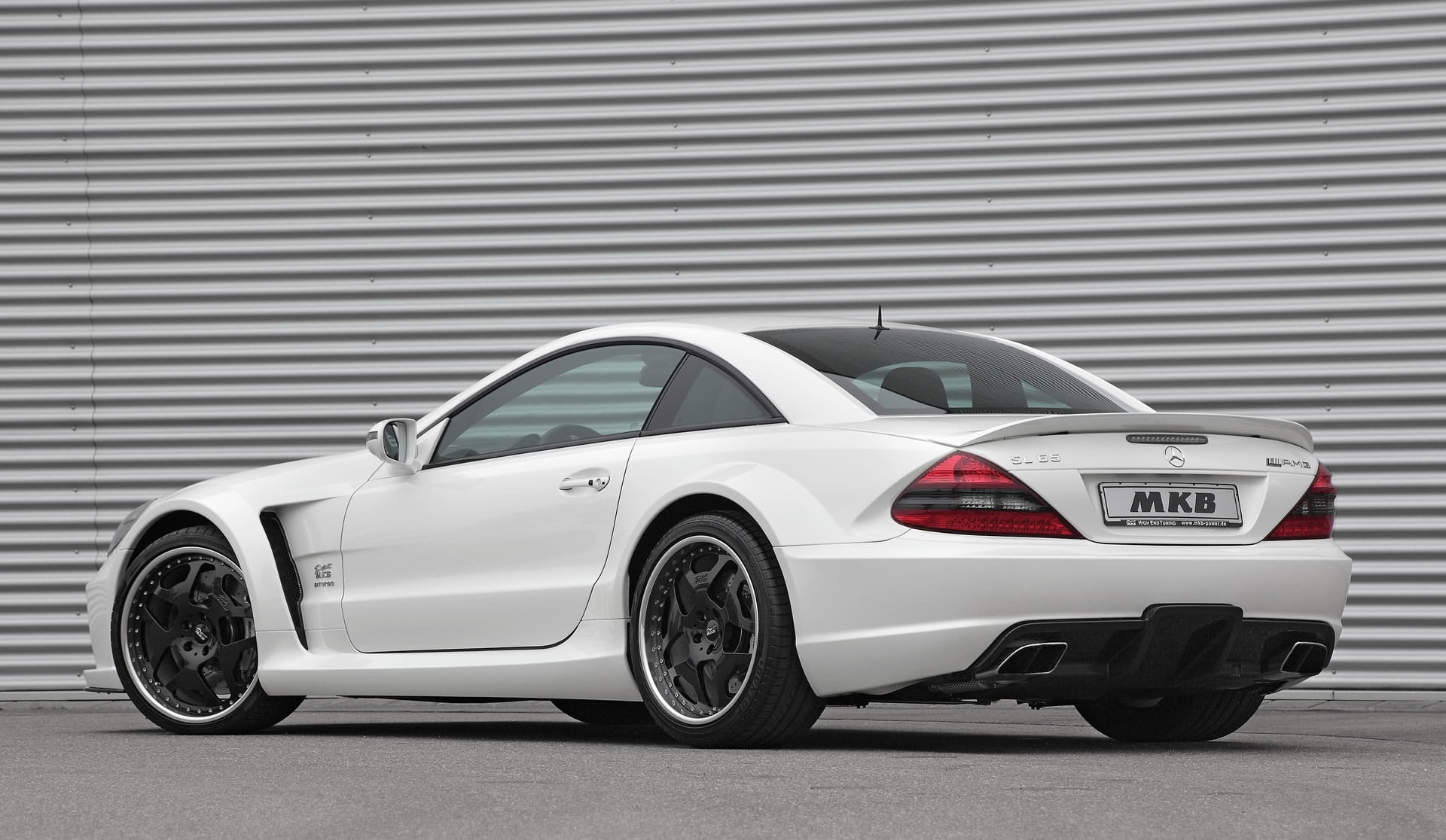 Mkb mercedes benz sl 65 amg black series p 1000 for Mercedes benz e series amg