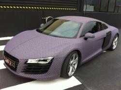 Audi R8 im Schachbrett-Look