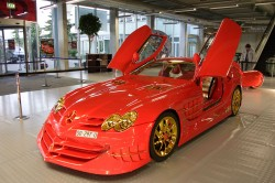 McLaren SLR 999 Red Gold Dream