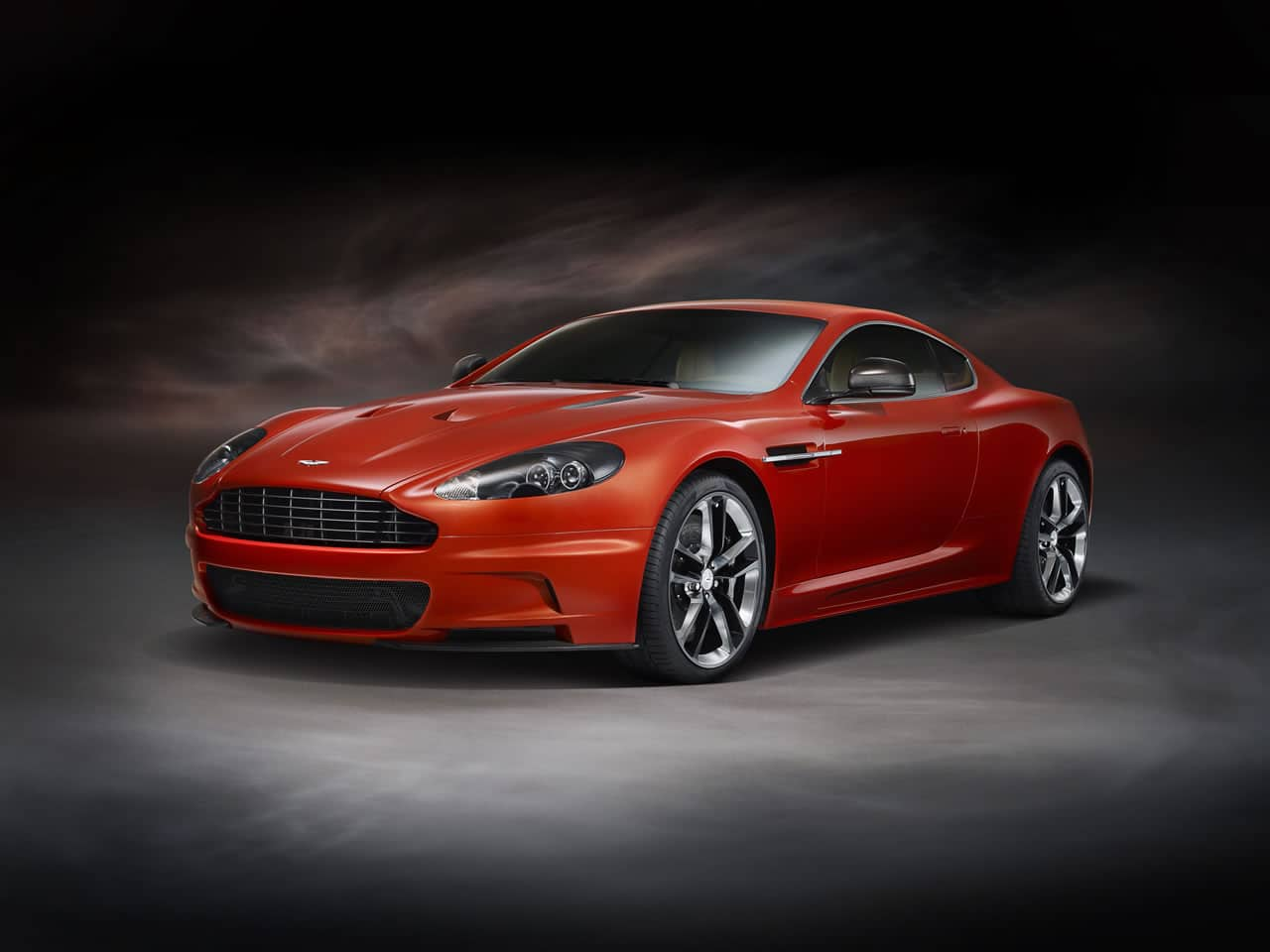 Aston Martin Dbs Carbon Edition Elabia De