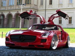 Modellauto Tuning am Mercedes-Benz SLS AMG