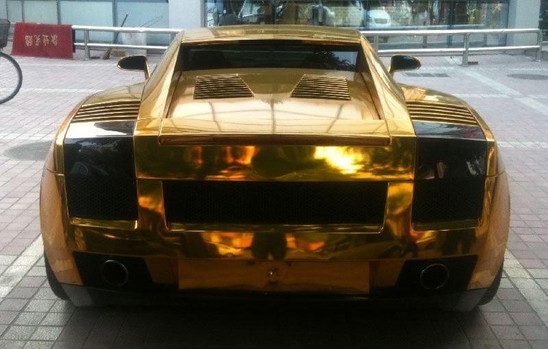goldener Lamborghini Gallardo in China