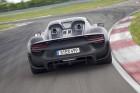 Hybrid-Bomber mit über 880 PS: Porsche zeigt 918 Spyder Prototyp