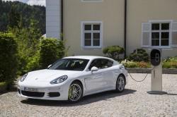 Ein Automobil der Zukunft - Das Hybridauto